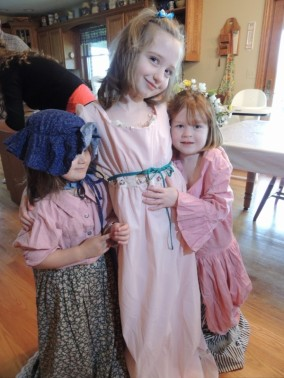 Chloe, Katie and Norah all dressed up